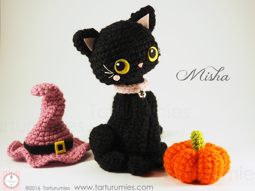 Ravelry: Witch's Cat Amigurumi pattern by Lucy Collin | 750x1000