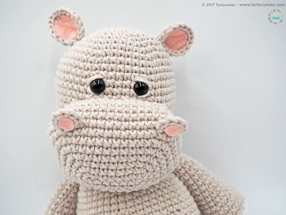 Here's A Crocheted Child Baby Amigurumi That You Can Make Yourself ... | 750x1000