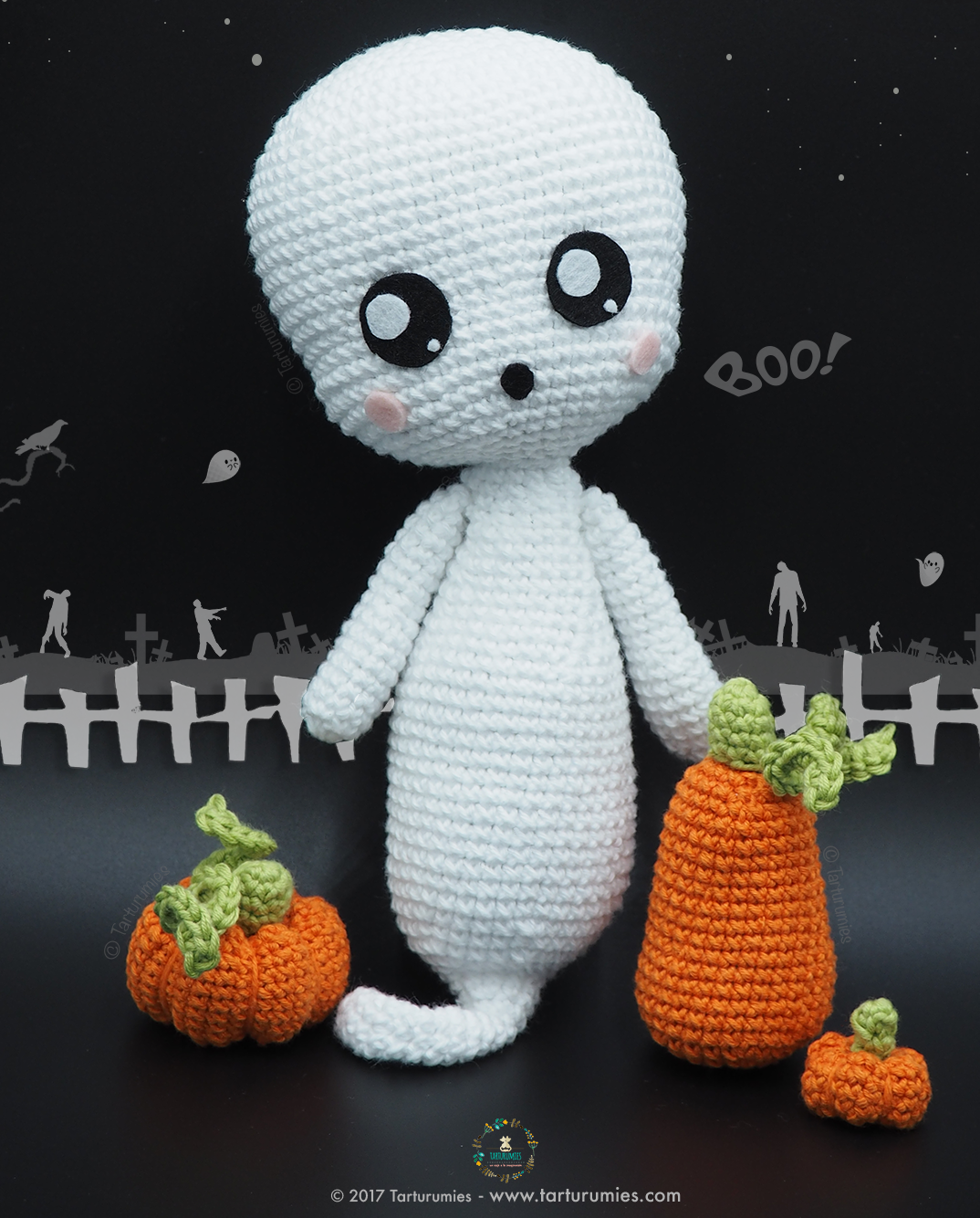 Amigurumi Halloween pattern for the Ghost, pumpkin cats and bats | 1334x1074